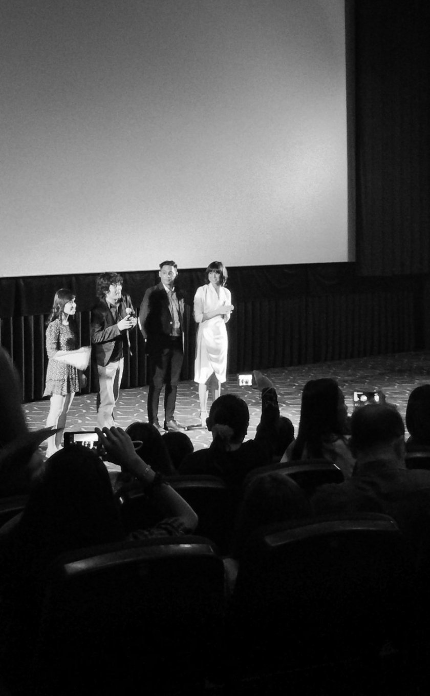Writer Jen Chuaunsu, director Prime Cruz, and the lead actors Dominic Roco and Glaiza de Castro at the gala premiere of Sleepless on Oct. 23, 2015, at Gateway Cinemas in Quezon City.