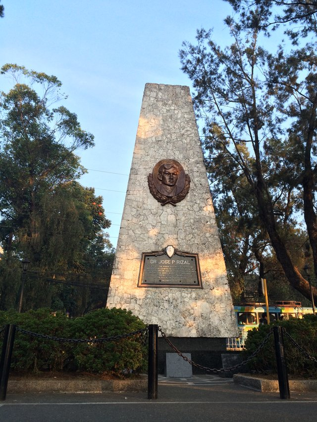 Monument dedicated to Jose Rizal, near Burnham Park at Baguio City.