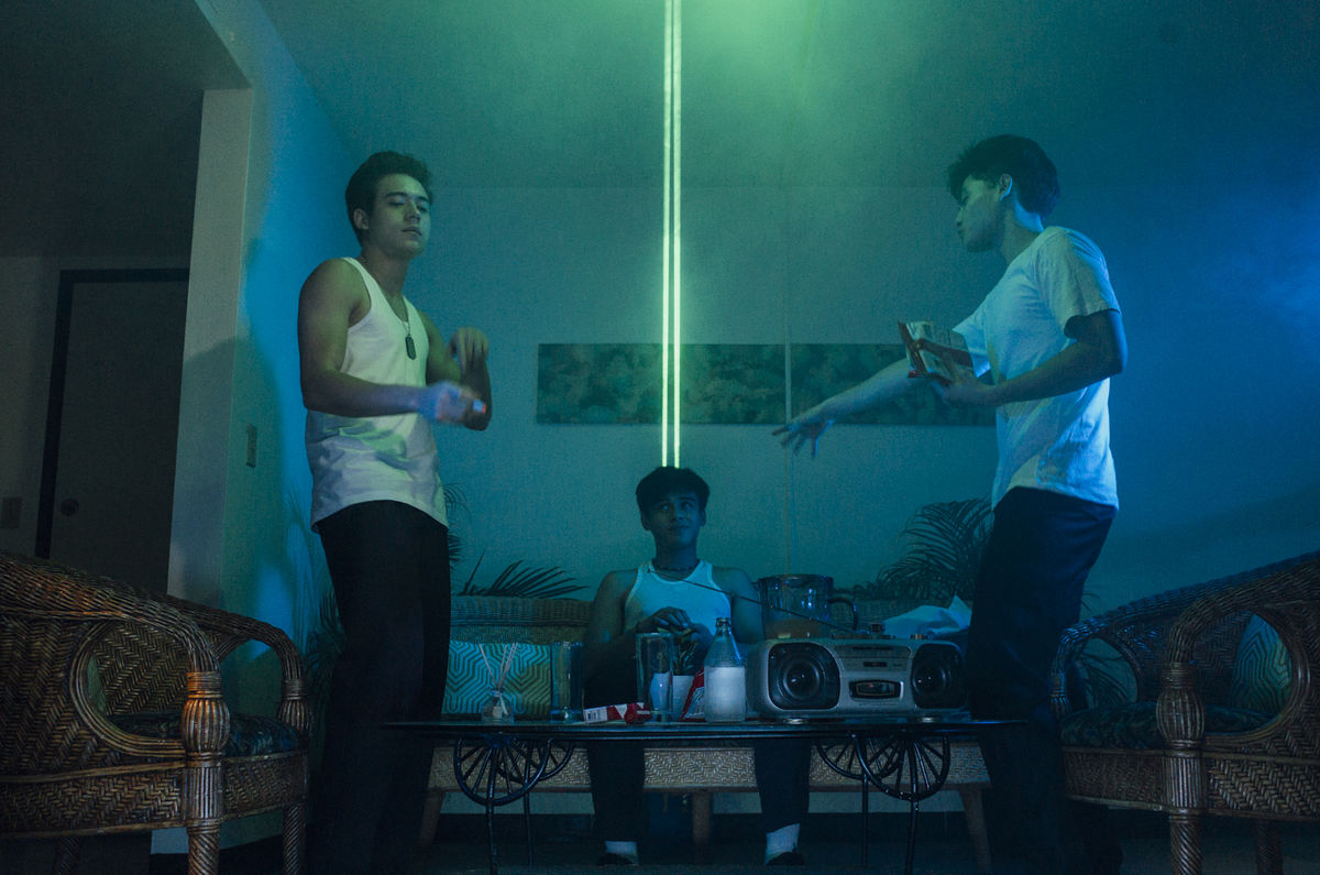 Maxim (Jameson Blake), Felix (Khalil Ramos), and Magnus (Ethan Salvador) dancing and drinking in a house party, in 2 Cool 2 Be 4gotten (2016).