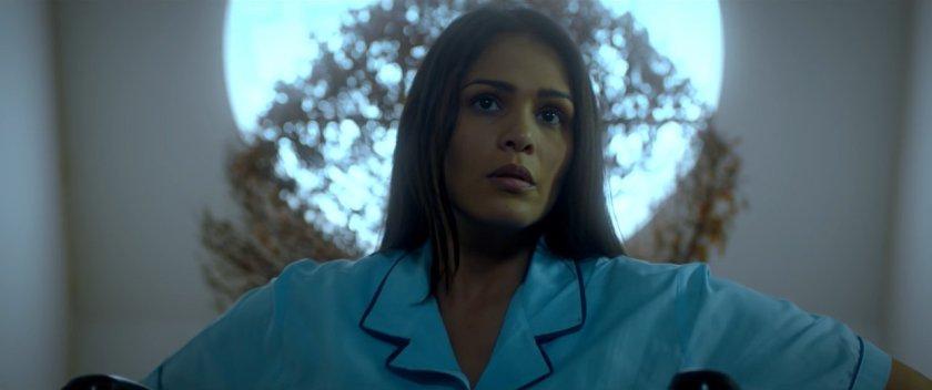 Iza Calzado, in a wheelchair with a circular window behind her head, as Jane Ciego in 'Bliss' (2017).