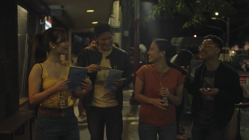 Emmanuelle Vera, Alex Medina, Anna Luna, and Nicco Manalo as Isa, Frank, Anna and Sam, walking together on the sidewalk, in 'Tayo sa Huling Buwan ng Taon' (2019).